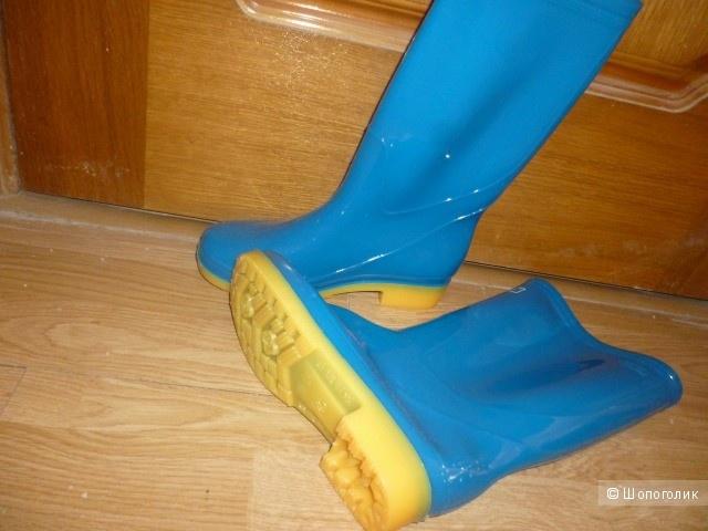 Новые женские резиновые сапоги. 38 размер. сапоги без утеплителя
