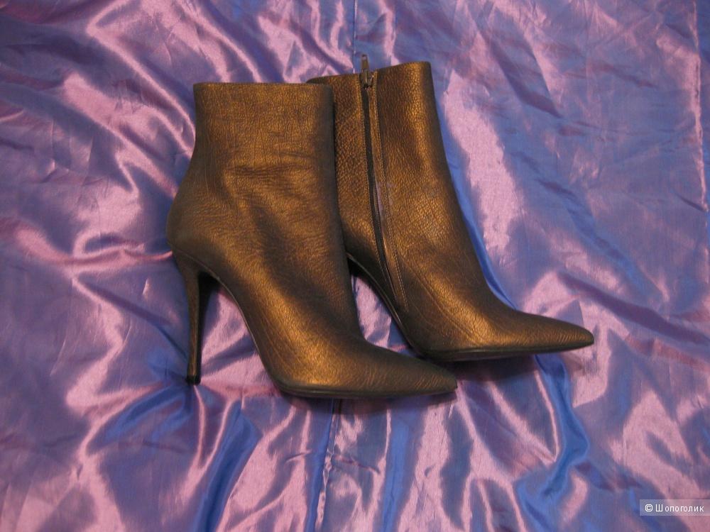 Новые итальянские сапоги, фирма LERRE, 41 размер (на 40-41 размер), цвет бронзовый/коричневый.