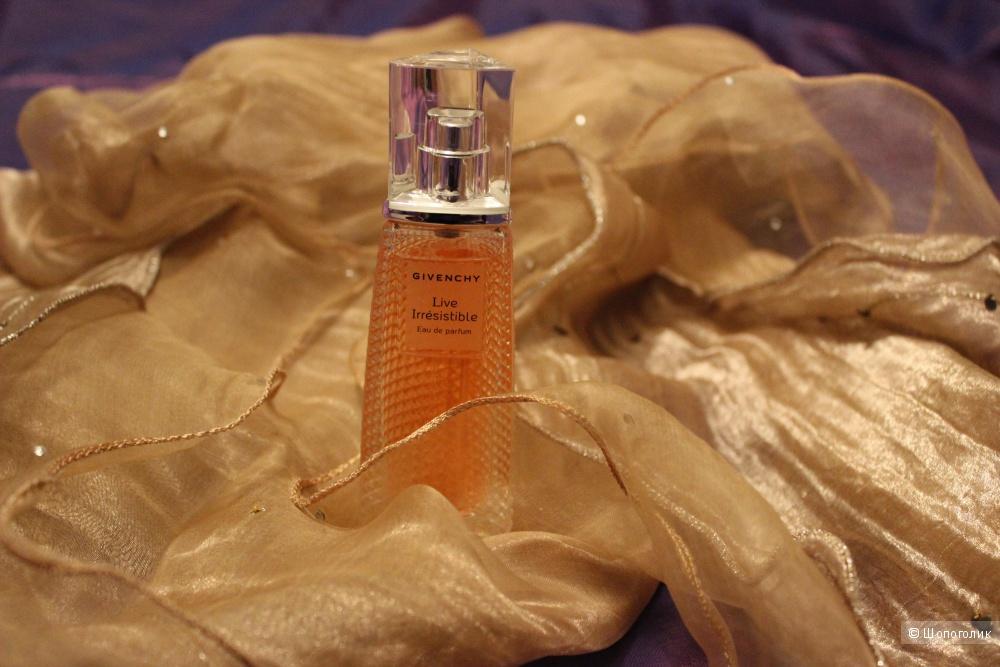 Парфюмированная водичка Givenchy, LIVE IRRESISTIBLE. 40 ml, оригинал.