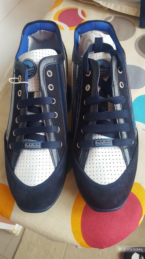 Новые кроссовки Baldinini 43 размер