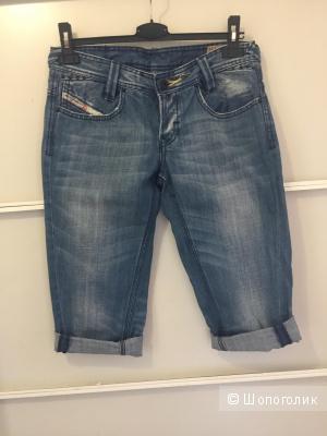 Джинсовые шорты-бермуды Diesel, размер 28