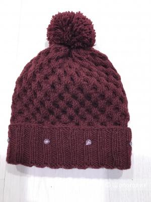 Зимняя шапка фактурной вязки