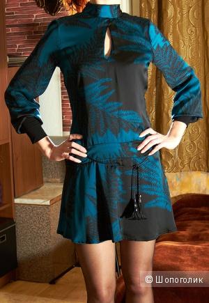 Новое платье-туника Rinascimento (Италия), р. S