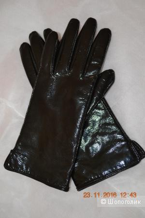 Перчатки лаковые, зимние, черные, р 7