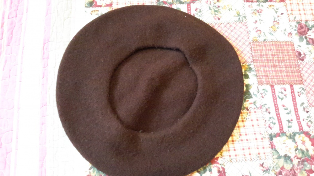 Берет шерсть цвет шоколад б/у 1 раз