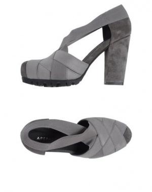 Туфли APEPAZZA замша 37 размер как новые