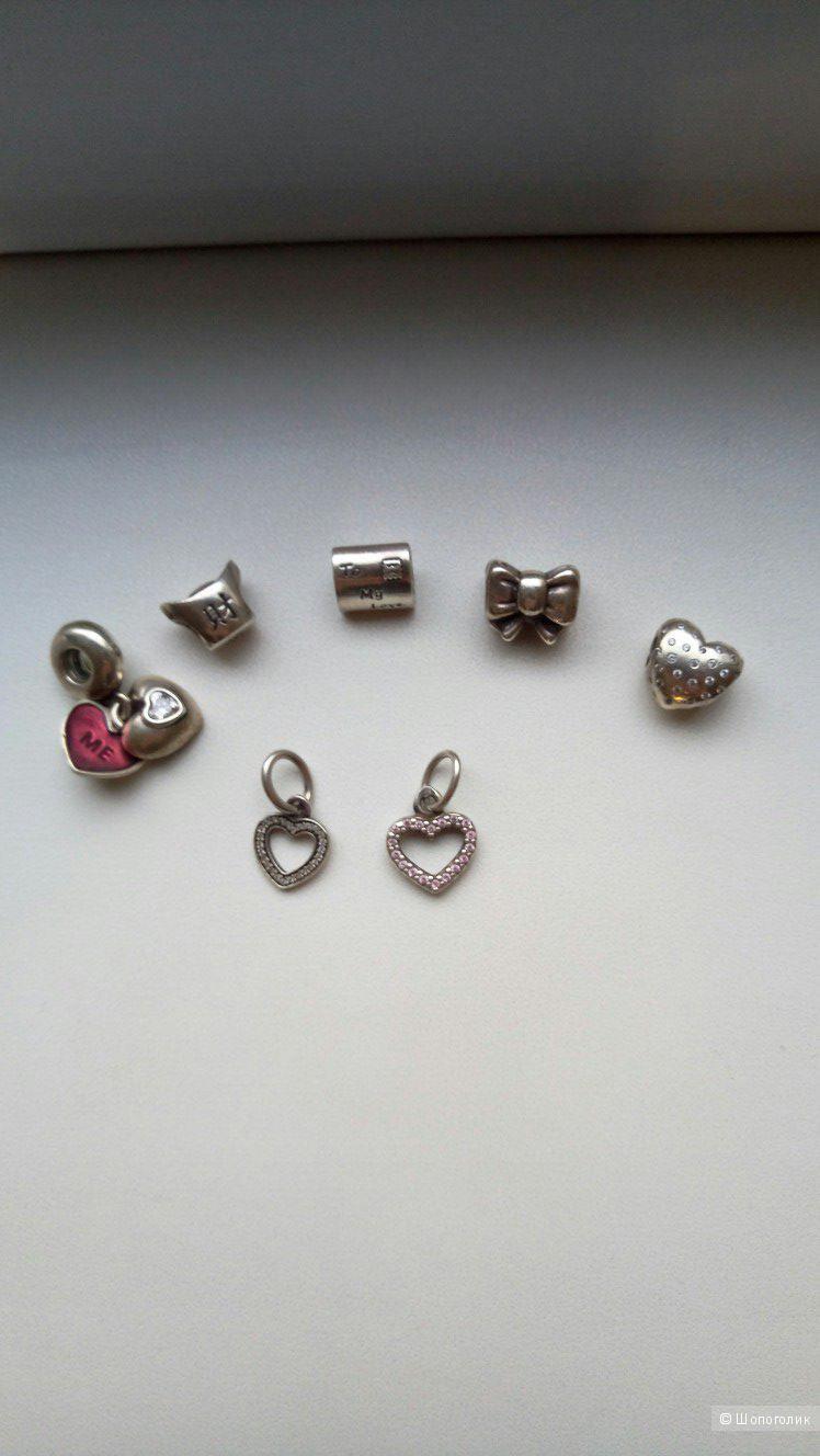 Серебряный браслет Pandora с шармами, в магазине Другой