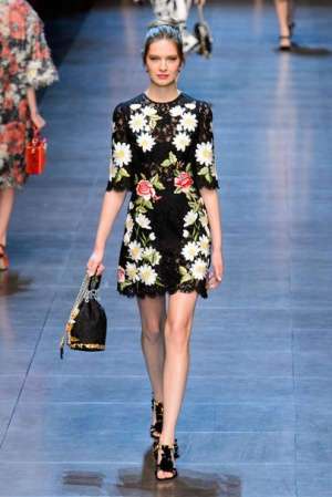 Платье с вышивкой Dolce&Gabbana (реплика), 42-44