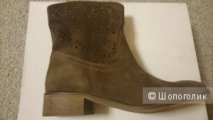 Новые замшевые ботинки Grigorio Picino! Осень! 38 размер.