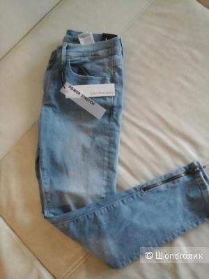 Новые джинсы calvin klein,размер 27