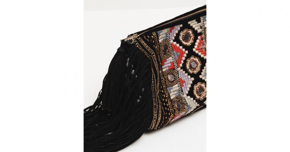 Сумка с вышивкой и бахромой Zara
