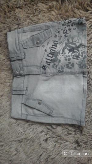 Новая джинсовая юбка Galliano 10 лет