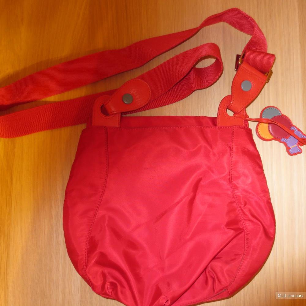 """Сумка текстильная красного цвета """"Radley"""" с ремнем через плечо (почтальонка)"""