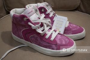 Кеды розовые Geox замша + ткань