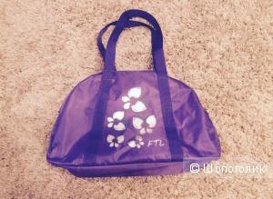 Дорожная сумочка