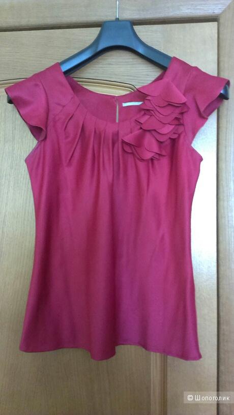 Шелковая блузка цвета бордо