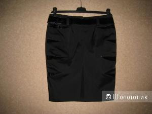 Черная юбка с поясом 44-46 размер