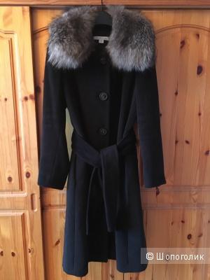 Пальто Marella с воротником из чернобурки размер IT 44