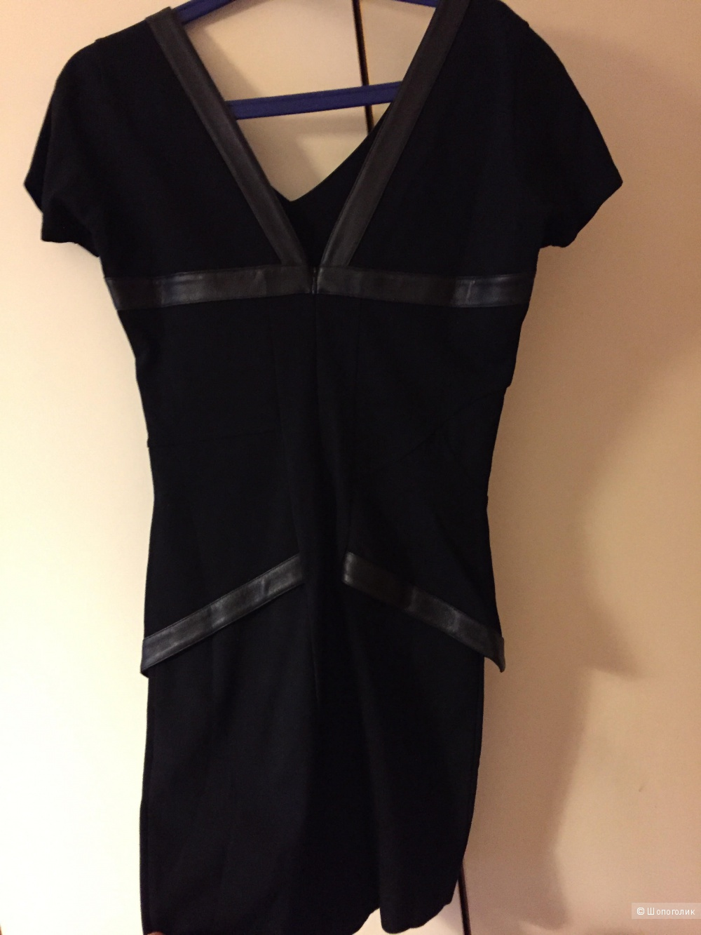Маленькое черное платье с кожей культовой французской марки FAITH CONNEXION.