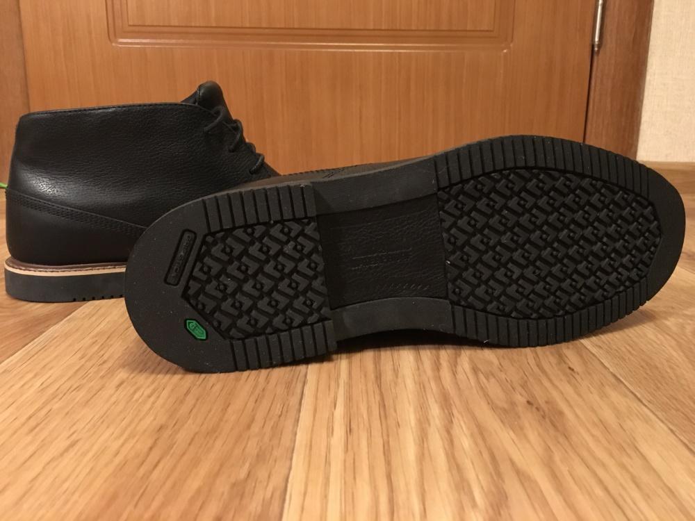 Продам абсолютно новые кожаные ботинки Timberland