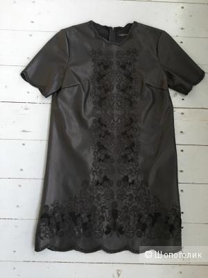 Платье из искуственной кожи с вышивкой Zara