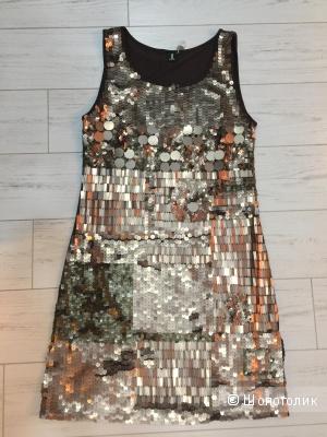 Платье нарядное с пайетками новое 1ONE c yoox
