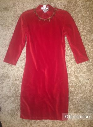 Эффектное красное платье, размер S