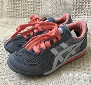 Новые кроссовки Asics. 27 размер