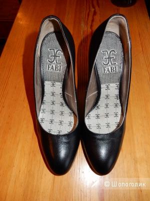 Кожаные черные туфли Fabi р.36
