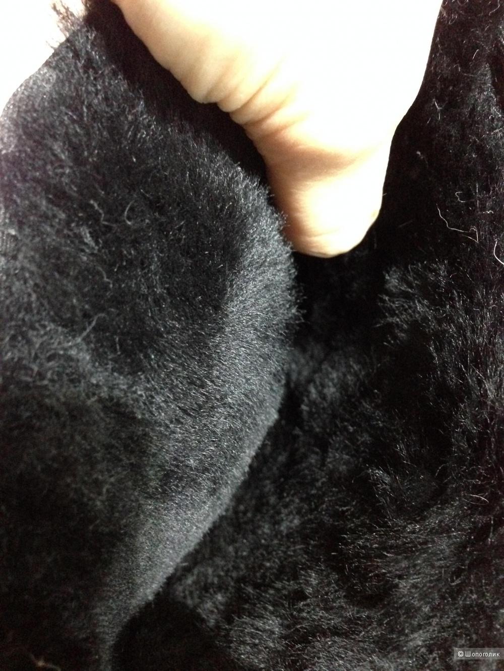 Шикарные натуральные зимние угги от PIERRE CARDIN .Новые.Оригинал.За 3500.