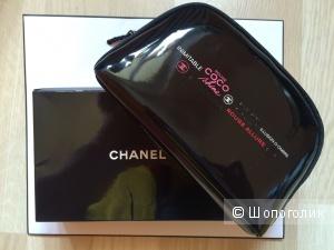 Косметичка Chanel размер 18 см на 10 см новая