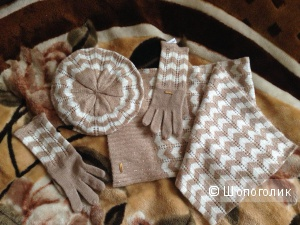 Комплект Calvin Klein (берет, шарф, перчатки), оригинал