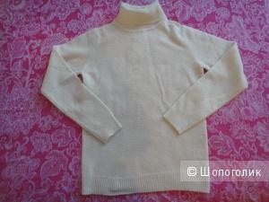 Zarina свитер 100% шерсть новый 46 разм.