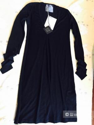 Es'givien, шерстяное платье, размер М/S