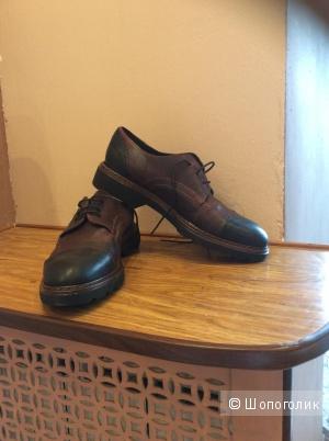 Кожаные ботинки 39 размера