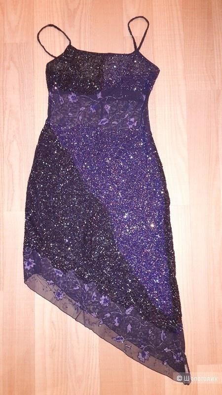 Шикарное платье на Новый год , расшитое бисером, ручная работа. 44-46.Торг уместен