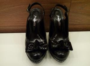 Лаковые туфельки Fratelli Rossetti 38 размер