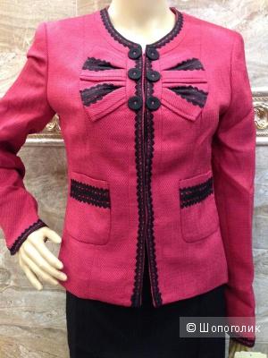 Красивый офисный костюм бренда Nine West р.44-44+ Новый.Оригинал