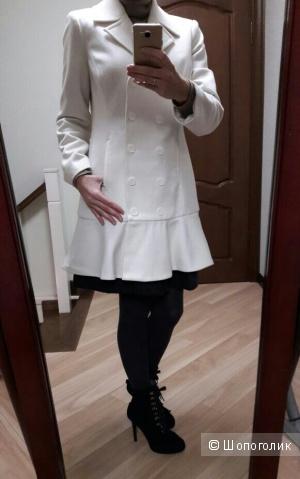 Новое пальто Bebe, размер М, 44-46