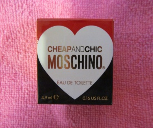 Парфюм Moschino Cheap and Chic