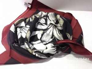 Salvatore Ferragamo шикарный шелковый платок 90x90 Новый Оригинал