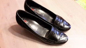 Туфли Hogl черные б/у в офисе пару раз размер 4 на наш 37-37,5