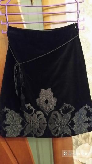 """Красивая бархатная юбка  """"Манго""""  42-44 размера"""