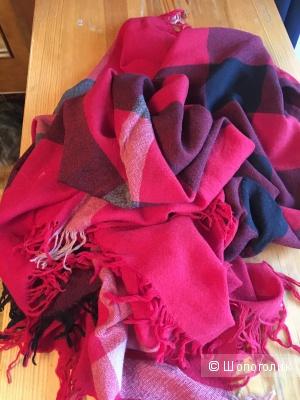 Шерстяной платок Burberry