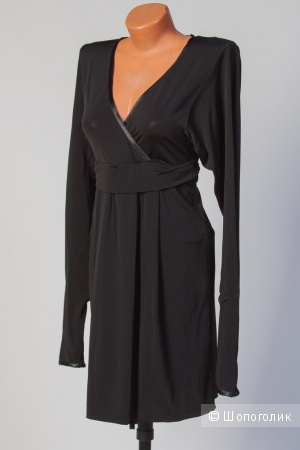 Платье женское  Alexander McQueen.46 размер