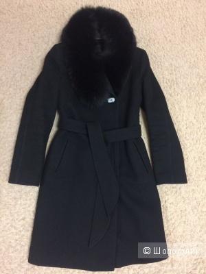 Пальто зимнее утепленное черное 42-44