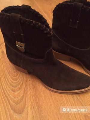 Ботиночки-казаки замшевые Ralph Lauren