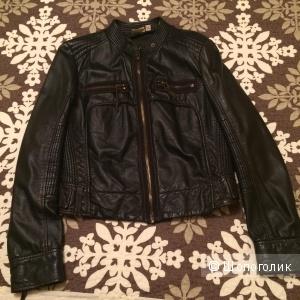 Кожаная куртка Jlo