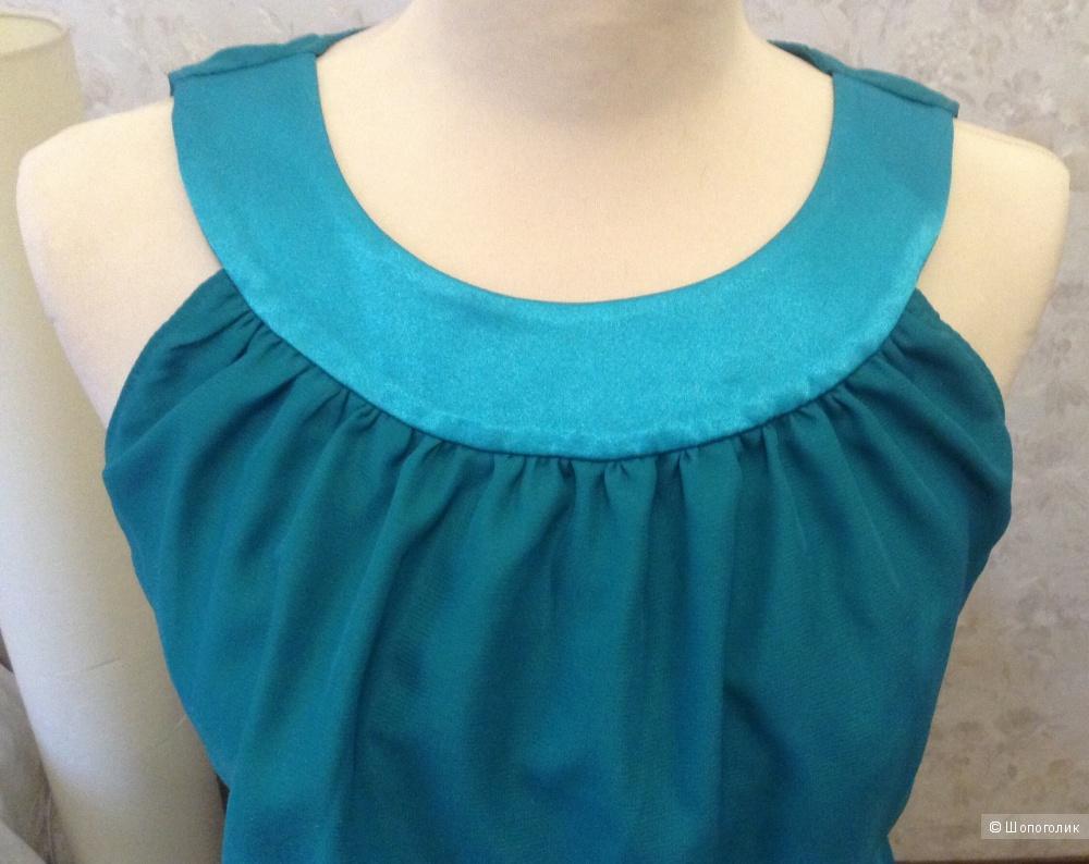 """Платье изумрудного цвета длинное с разрезом и вырезом """"капелька"""" на спинке"""
