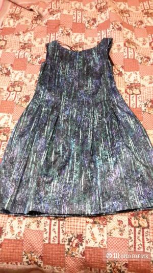Красивое платье Zara новое размер L на наш 48, отлично на выход